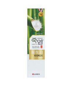 Kem-Danh-Rang-Bamboo-Salt-Lam-Trang-Va-Cham-Soc-Nuu-120g